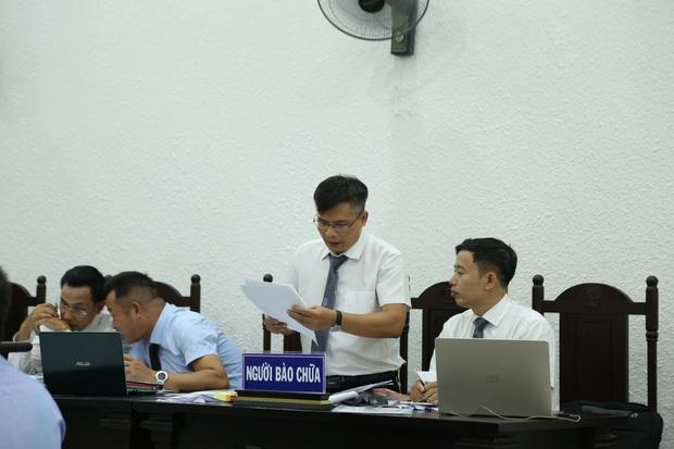 VKS đề nghị tòa tuyên án tử hình đối với bị cáo giết hại vợ, phân xác phi tang xuống sông - Ảnh 9.