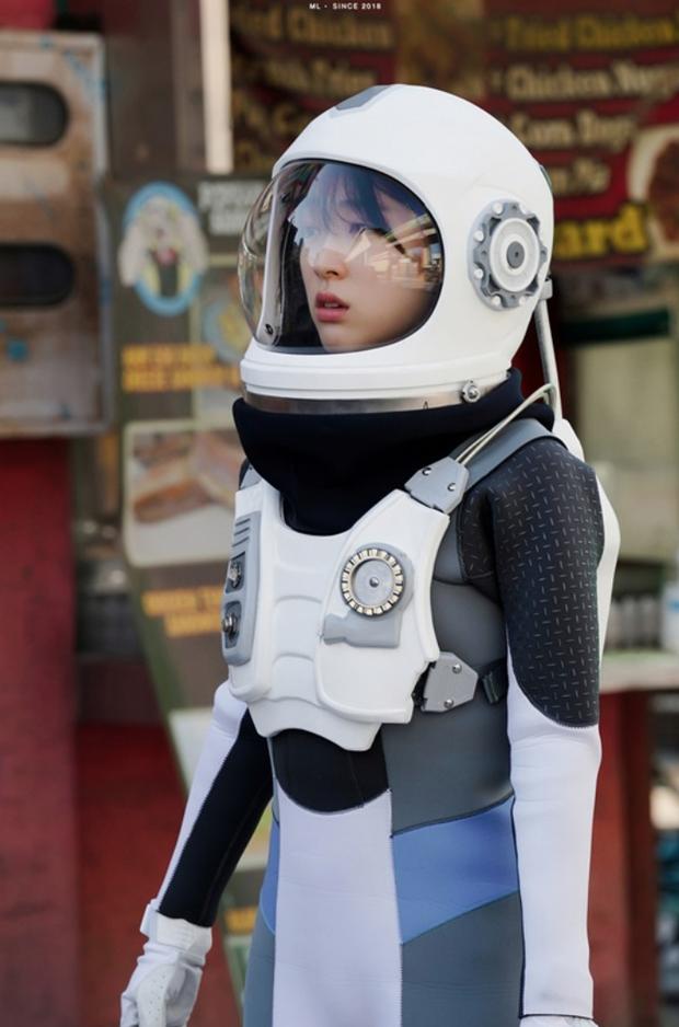 Tân binh chất lượng cao Choi Sung Eun: Khuôn mặt giống cả Kbiz, mới ra mắt đã nhận toàn vai xịn - Ảnh 19.