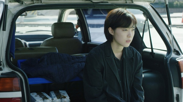 Tân binh chất lượng cao Choi Sung Eun: Khuôn mặt giống cả Kbiz, mới ra mắt đã nhận toàn vai xịn - Ảnh 9.