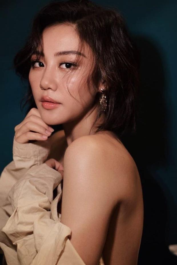 Văn Mai Hương làm rõ lùm xùm bị tố cover Hoa Nở Không Màu trái phép, còn cho biết nghệ sĩ khác hát hit của mình không cần hỏi vẫn okelah - Ảnh 3.