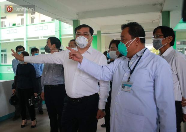 Hải Phòng chi viện bác sĩ và hỗ trợ 5 tỷ giúp Đà Nẵng chống dịch Covid-19 - Ảnh 1.