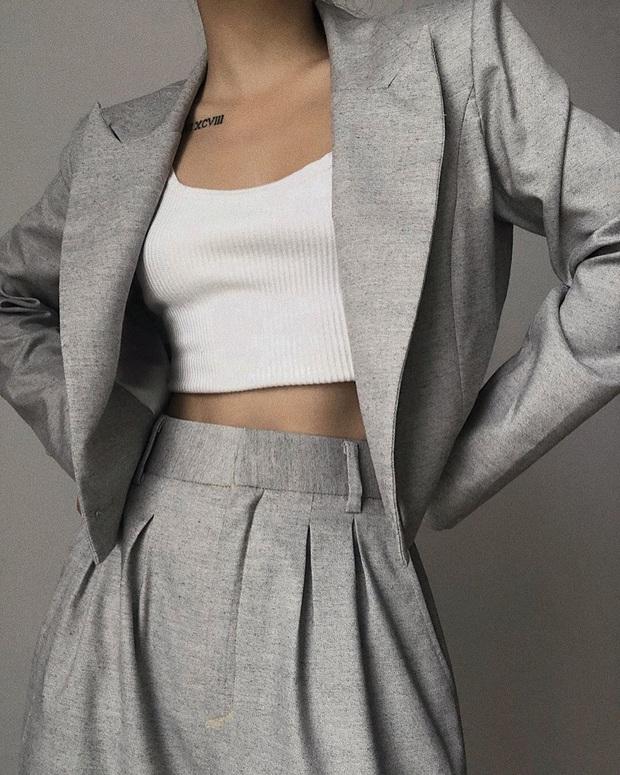 Nhìn Seo Ye Ji ăn diện khoe eo nhỏ siêu thực, các nàng cũng tăm tia được ngay set đồ matching tôn eo hack dáng - Ảnh 18.