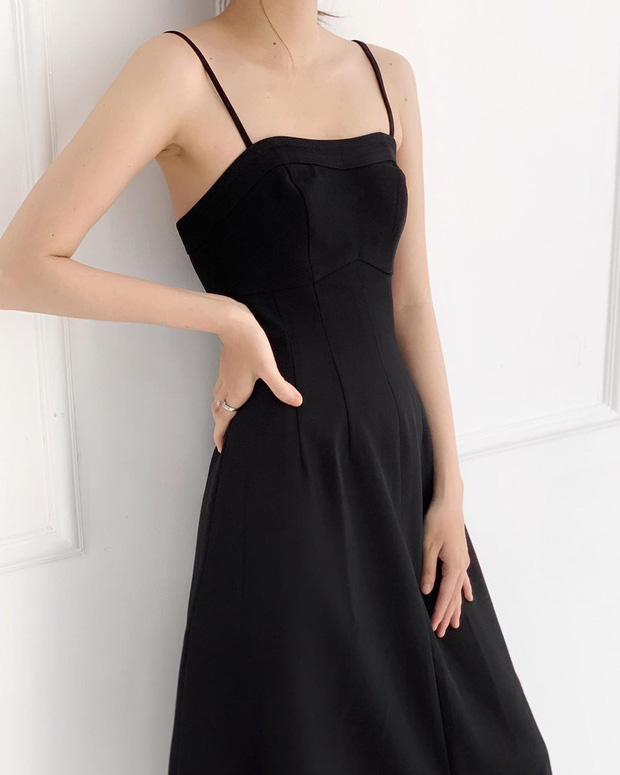 """Diện váy na ná Park Min Young, Lia (ITZY) mix đồ ngầu hẳn nhưng liệu có sang xịn hơn nữ hoàng """"dao kéo""""? - Ảnh 12."""