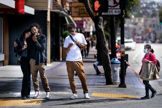 Bi kịch San Francisco - Hình mẫu chống dịch của Mỹ giờ phải ngậm ngùi với bài học xương máu: Tự mãn trước đại dịch chính là tự sát - Ảnh 2.