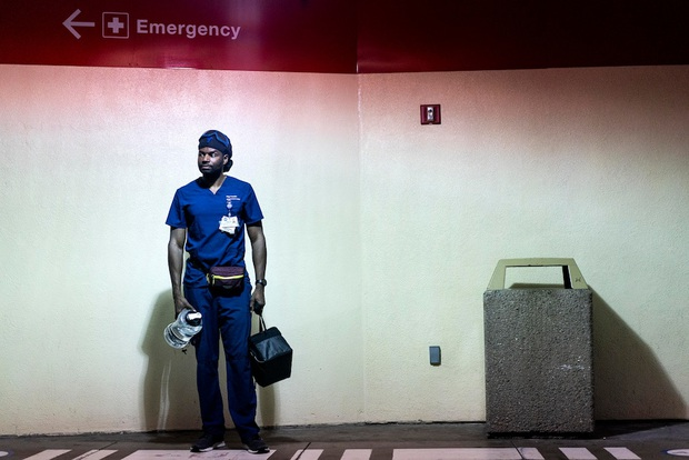 Bi kịch San Francisco - Hình mẫu chống dịch của Mỹ giờ phải ngậm ngùi với bài học xương máu: Tự mãn trước đại dịch chính là tự sát - Ảnh 7.