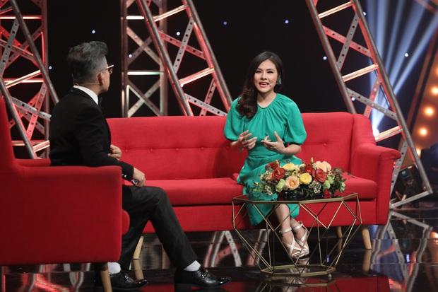 Vân Trang bật khóc khi chia sẻ về 4 năm ngừng diễn sau khi sinh con - Ảnh 2.
