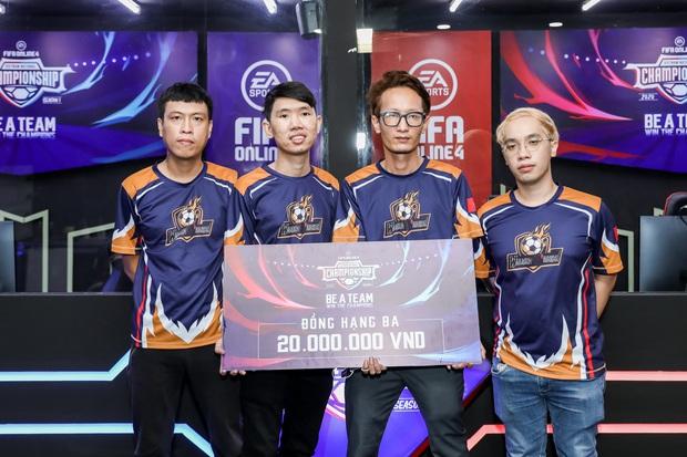 Chiến thắng nghẹt thở trên chấm phạt đền, DIH Esport F4 trở thành tân vương của FIFA Online 4 Việt Nam - Ảnh 6.