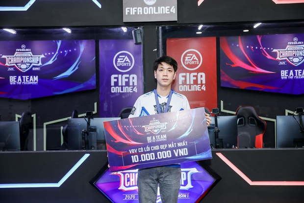 Chiến thắng nghẹt thở trên chấm phạt đền, DIH Esport F4 trở thành tân vương của FIFA Online 4 Việt Nam - Ảnh 8.