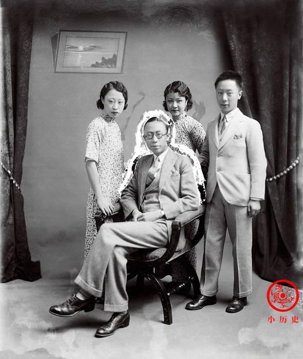Loạt ảnh khắc họa toàn bộ cuộc sống của gia đình Hoàng đế nhà Thanh cuối cùng: 3 thế hệ chung sống dưới 1 mái nhà và những câu chuyện ít người biết - Ảnh 9.