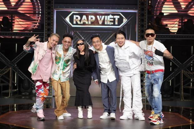 Ekip Rap Việt muốn đưa rap đến gần với ông xe ôm, bà nội trợ, Rhymastic tâm đắc lấy luôn câu này làm đề bài cho thí sinh? - Ảnh 1.
