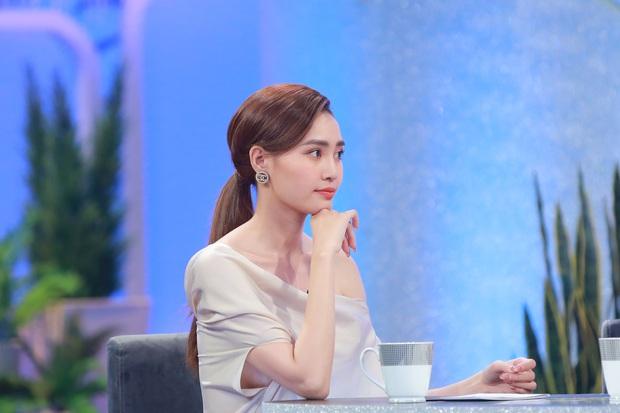 Lan Ngọc từng uống thuốc ngủ định tự tử vì tình, Hương Giang suýt từ bỏ showbiz vì bạn trai - Ảnh 3.