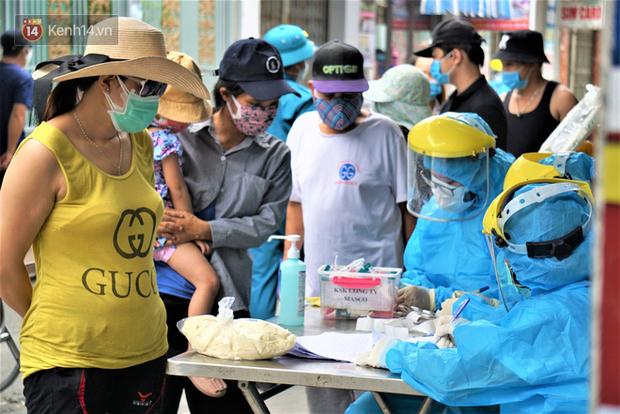 Quảng Nam yêu cầu xử lý hình sự các trường hợp khai báo y tế không trung thực - Ảnh 1.