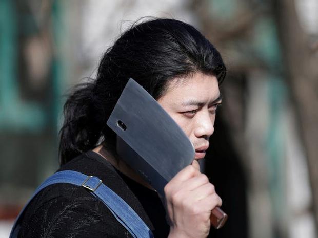 Anh chàng Trung Quốc có nhiều phát minh tấu hài và ăn hại nhất quả đất, fanbase hùng hậu không thua gì siêu sao - Ảnh 5.