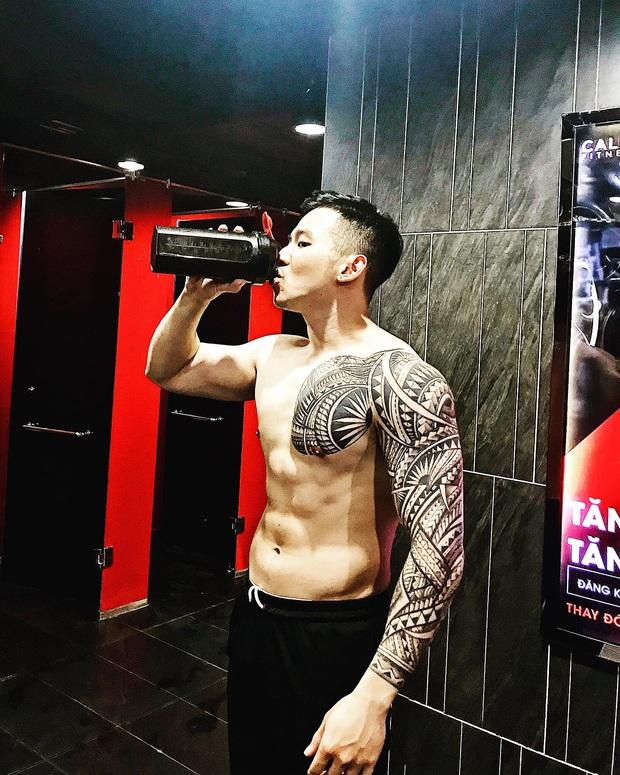 Phú Thịnh (Người ấy là ai): Lột xác từ hot boy mặt búng ra sữa thành ông bố 1 con đầy quyến rũ - Ảnh 12.