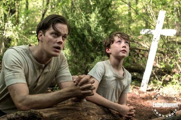Xịt máu mũi trước tin bộ 3 Tom Holland - Robert Pattinson - Bill Skarsgård kết hợp ở The Devil All the Time - Ảnh 3.