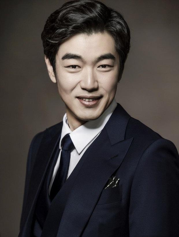 Jang Dong Gun thần thái ăn đứt Trương Hàn nhưng bể phốt team Hàn có giúp Phẩm Chất Quý Ông bản Trung thắng đậm? - Ảnh 20.