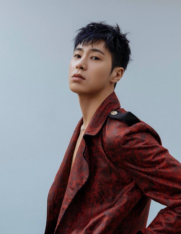 16 idol đa-zi-năng của Kpop: Taeyang không cao nhưng người khác vẫn phải ngước nhìn, có kẻ lại mệnh danh lắm tài nhiều tật - Ảnh 20.