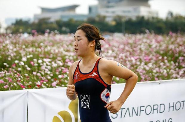 Đằng sau hào quang đầy mồ hôi là nước mắt của các nữ VĐV Hàn Quốc, thành tích được đánh đổi bằng nỗi đau tinh thần, thể xác và cả mạng sống - Ảnh 1.