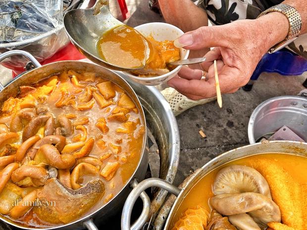Sài Gòn được dịp mát trời, nhanh chân đi ăn sập thế giới với 7 món đường phố khiến bạn nuốt nước miếng mãi không kịp này thôi! - Ảnh 16.