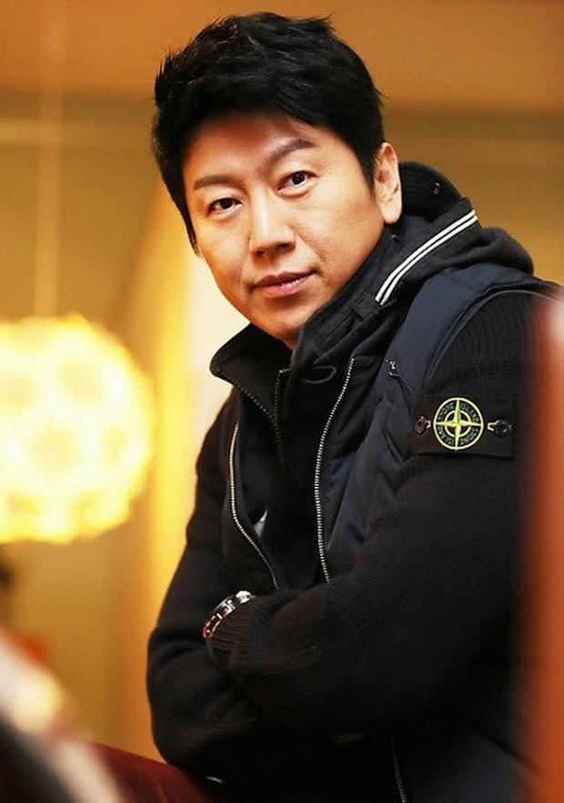 Jang Dong Gun thần thái ăn đứt Trương Hàn nhưng bể phốt team Hàn có giúp Phẩm Chất Quý Ông bản Trung thắng đậm? - Ảnh 16.