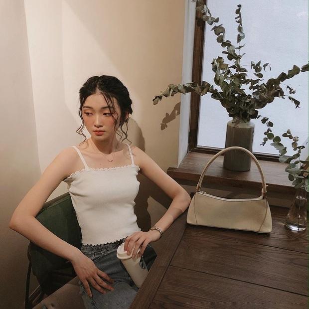 Lia (Itzy) có bờ vai ngang đẹp nức lòng người hâm mộ, hèn gì cô chăm diện đồ hở vai đến thế - Ảnh 5.