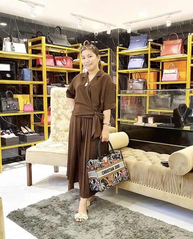 Màn diện đồ bộ xách túi Hermes, Dior của hội bạn thân Philippines giàu sụ được dân mạng tích cực share lại - Ảnh 4.