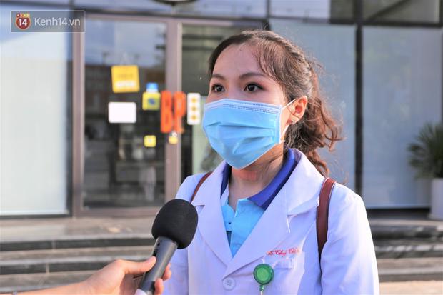 Nữ bác sĩ trẻ xinh đẹp ở Bình Định xung phong vào tâm dịch chi viện cho Đà Nẵng: Khi nào hết dịch con mới về! - Ảnh 1.