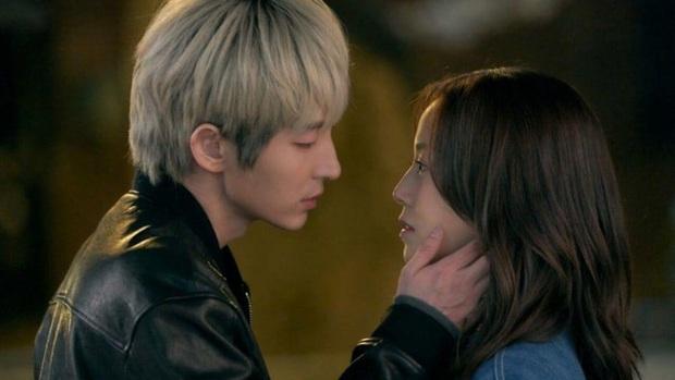 Flower of Evil của Lee Jun Ki được fan Trung chấm điểm cao phát ngất, Điên Thì Có Sao bị soán ngôi có tức không! - Ảnh 13.