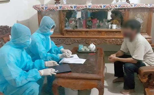 Kết quả xét nghiệm giáo viên tiếng Anh người Nam Phi từ Đà Nẵng về bị đau họng, khó thở - Ảnh 1.