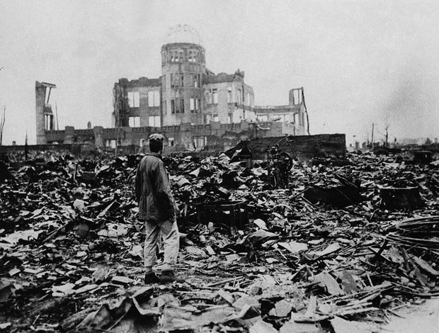 Những hình ảnh hiếm hoi về vụ ném bom nguyên tử xuống Hiroshima và Nagasaki của Nhật Bản, 75 năm vẫn vẹn nguyên nỗi ám ảnh khôn nguôi - Ảnh 14.