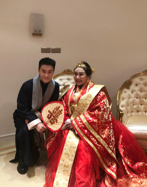 Tham gia thử thách trên MXH, thiên kim nổi loạn của Vua sòng bài Macau gây chú ý với dung mạo hiện tại sau khi sinh con - Ảnh 4.