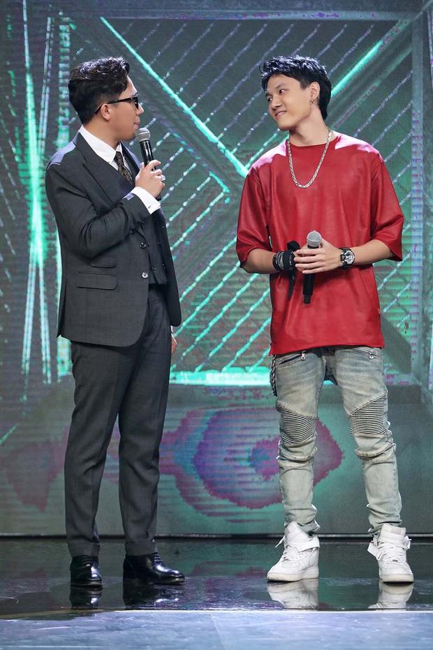 Lộ diện trong line-up thí sinh tập 2 Rap Việt, Tage (Lớp 13) khiến fan đổ rầm với vẻ ngoài cực phẩm - Ảnh 3.