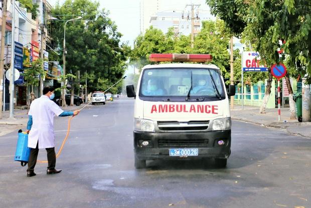 Nhân viên VTV8 mắc Covid-19 ở Đà Nẵng có lịch trình dày đặc, tiếp xúc nhiều người đến từ Hà Nội - Ảnh 1.