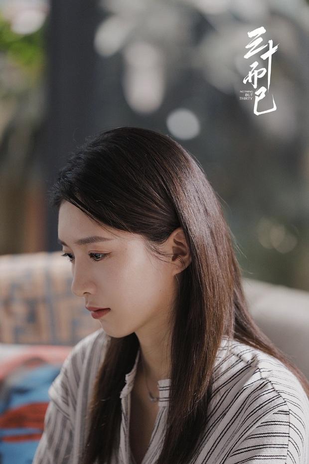 Vương Mạn Ni nói hộ nỗi lòng các cô gái xa nhà vạn dặm để lập nghiệp: Người ta cố 1 mình phải cố 10, khái niệm ổn định thật mong manh - Ảnh 3.