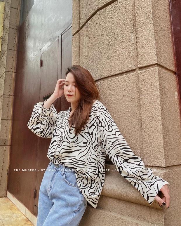 Cùng 1 chiếc áo oversize, Suzy bày cho các nàng 2 chiêu ăn diện xinh xẻo, ai cũng áp dụng được - Ảnh 8.