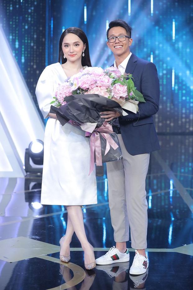 Đúng như tin đồn, Hương Giang chính thức trao hoa cho CEO Matt Liu ở Người ấy là ai! - Ảnh 2.