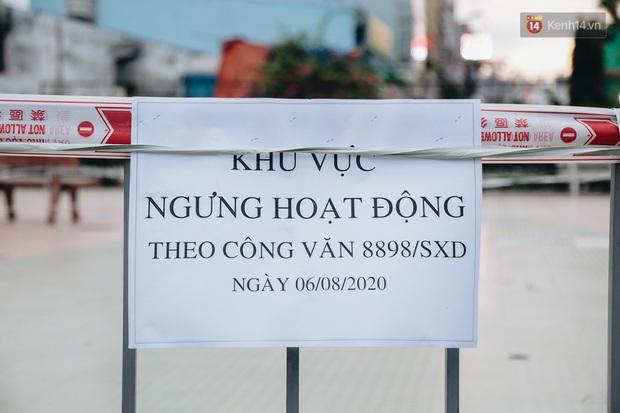 Người lớn vẫn để trẻ em vào khu vui chơi tại công viên ở Sài Gòn dù đã có thông báo tạm dừng hoạt động để phòng dịch Covid-19 - Ảnh 7.