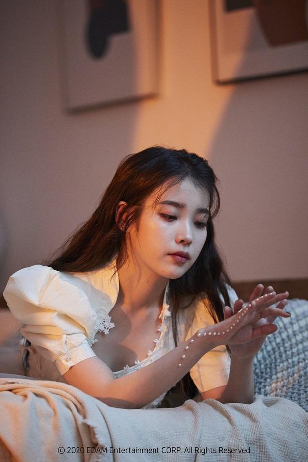 Tranh cãi BXH 25 sao Hàn hot nhất Weibo: EXO bất ngờ lấn lướt hẳn BTS, IU thắng thế BLACKPINK lẫn dàn sao nổi tiếng - Ảnh 6.