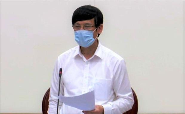 Chủ tịch tỉnh Thanh Hóa yêu cầu đình chỉ 2 cán bộ TP Sầm Sơn lơ là chống dịch Covid-19 - Ảnh 1.