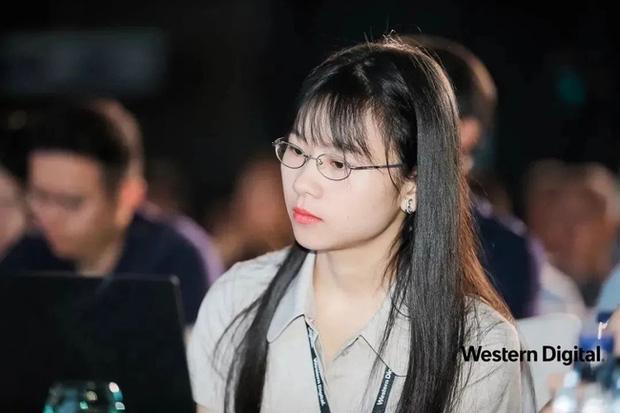 Thiếu nữ thiên tài vừa tốt nghiệp đã được Huawei săn đón: Vẻ ngoài ưa nhìn, thành tích khủng và mức lương khởi điểm 5,2 tỷ đồng/năm - Ảnh 2.
