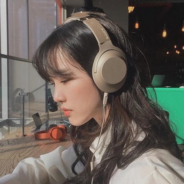 Tiên nữ đồng quê phiên bản Hàn: Nữ vlogger bỏ nơi phố thị đến ở ngôi nhà trong rừng, sống cuộc đời bình yên đáng mơ ước - Ảnh 1.