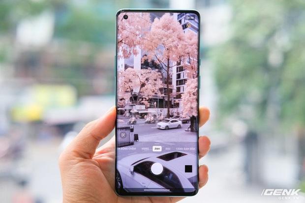 Cận cảnh OnePlus 8 Pro: Thiết kế đẹp, trang bị Snapdragon 865, màn hình 120 Hz chạy cùng độ phân giải QHD+, camera có filter Photochrom rất hay - Ảnh 11.