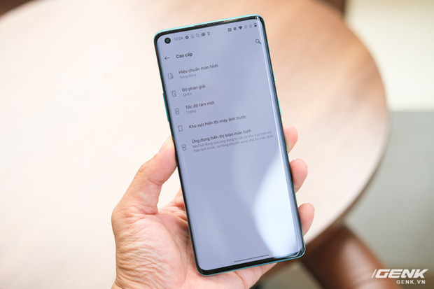 Cận cảnh OnePlus 8 Pro: Thiết kế đẹp, trang bị Snapdragon 865, màn hình 120 Hz chạy cùng độ phân giải QHD+, camera có filter Photochrom rất hay - Ảnh 15.