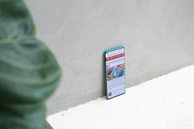 Cận cảnh OnePlus 8 Pro: Thiết kế đẹp, trang bị Snapdragon 865, màn hình 120 Hz chạy cùng độ phân giải QHD+, camera có filter Photochrom rất hay - Ảnh 18.