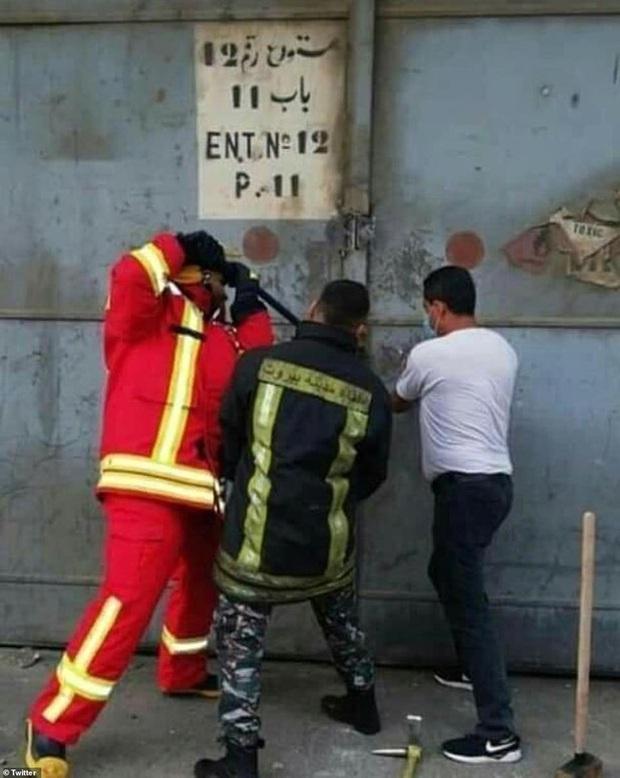Đám tang đặc biệt của cô gái trở thành biểu tượng của bi kịch Beirut, chưa kịp mặc váy cưới đã nằm lại trong quan tài - Ảnh 5.