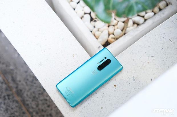 Cận cảnh OnePlus 8 Pro: Thiết kế đẹp, trang bị Snapdragon 865, màn hình 120 Hz chạy cùng độ phân giải QHD+, camera có filter Photochrom rất hay - Ảnh 5.