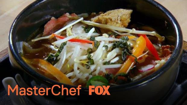 Đồ ăn Việt ngày càng được yêu thích trên khắp thế giới, nhưng mỗi lần được người Mỹ cover là lại khiến dân mạng giận tím người vì sai quá sai - Ảnh 8.