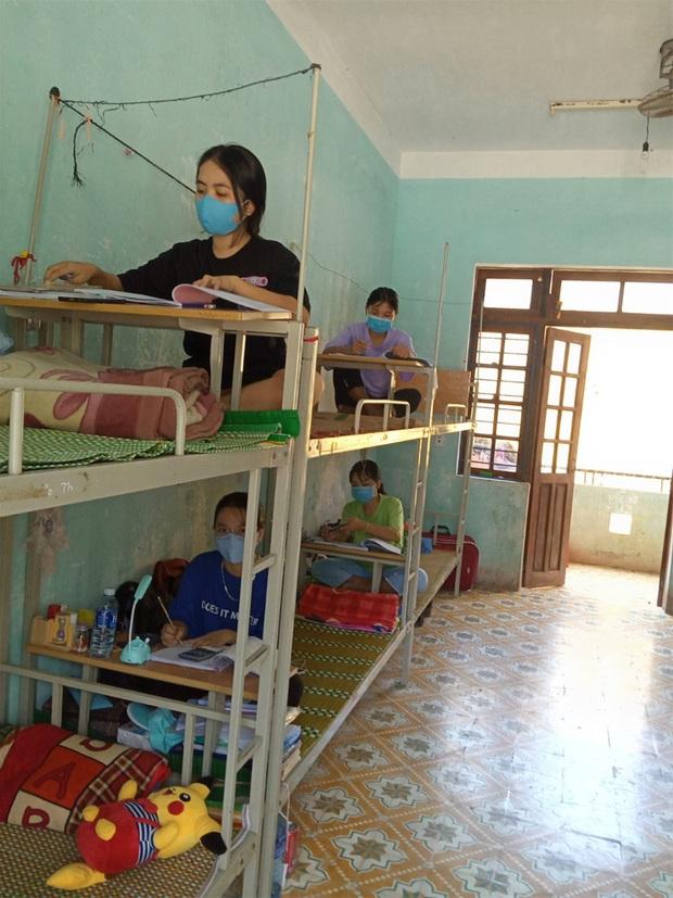 Quảng Nam: Dời một điểm thi ở Hội An lên huyện Nam Giang - Ảnh 1.
