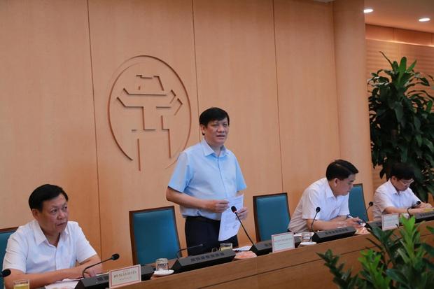 Bộ Y tế rút nhóm chuyên gia từ Đà Nẵng về hỗ trợ Hà Nội xét nghiệm PCR cho hơn 70.000 mẫu - Ảnh 1.