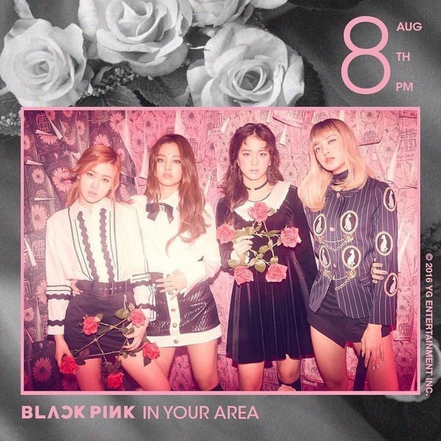 Đúng dịp kỷ niệm, những hình ảnh hậu trường thời debut của BLACKPINK cách đây 4 năm bất ngờ được hé lộ khiến fan bồi hồi - Ảnh 1.
